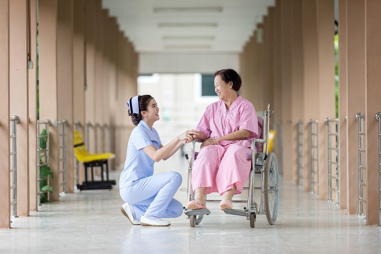 介護の業界でLINEセールスマネージャーを活用する方法